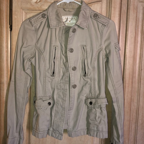 American Eagle Outfitters Jackets & Blazers - American eagle sweater
